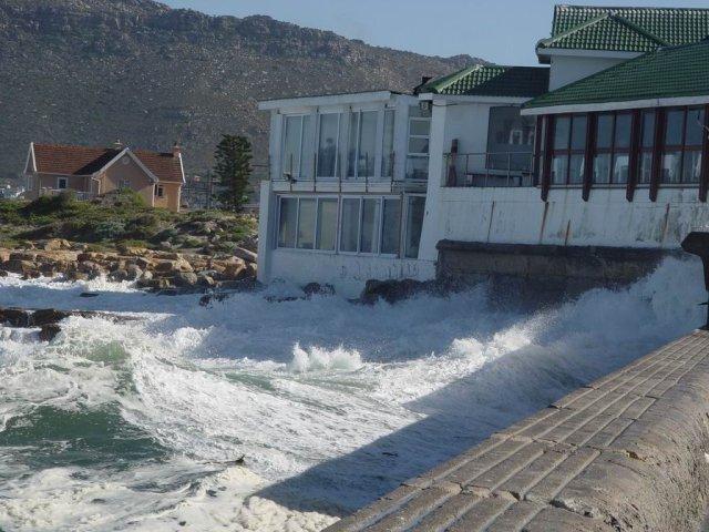 Kalk Bay - stormy 06