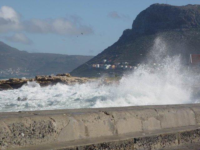 Kalk Bay - stormy 07