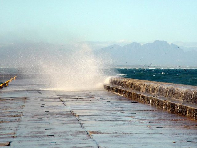 Kalk Bay - stormy 10-1